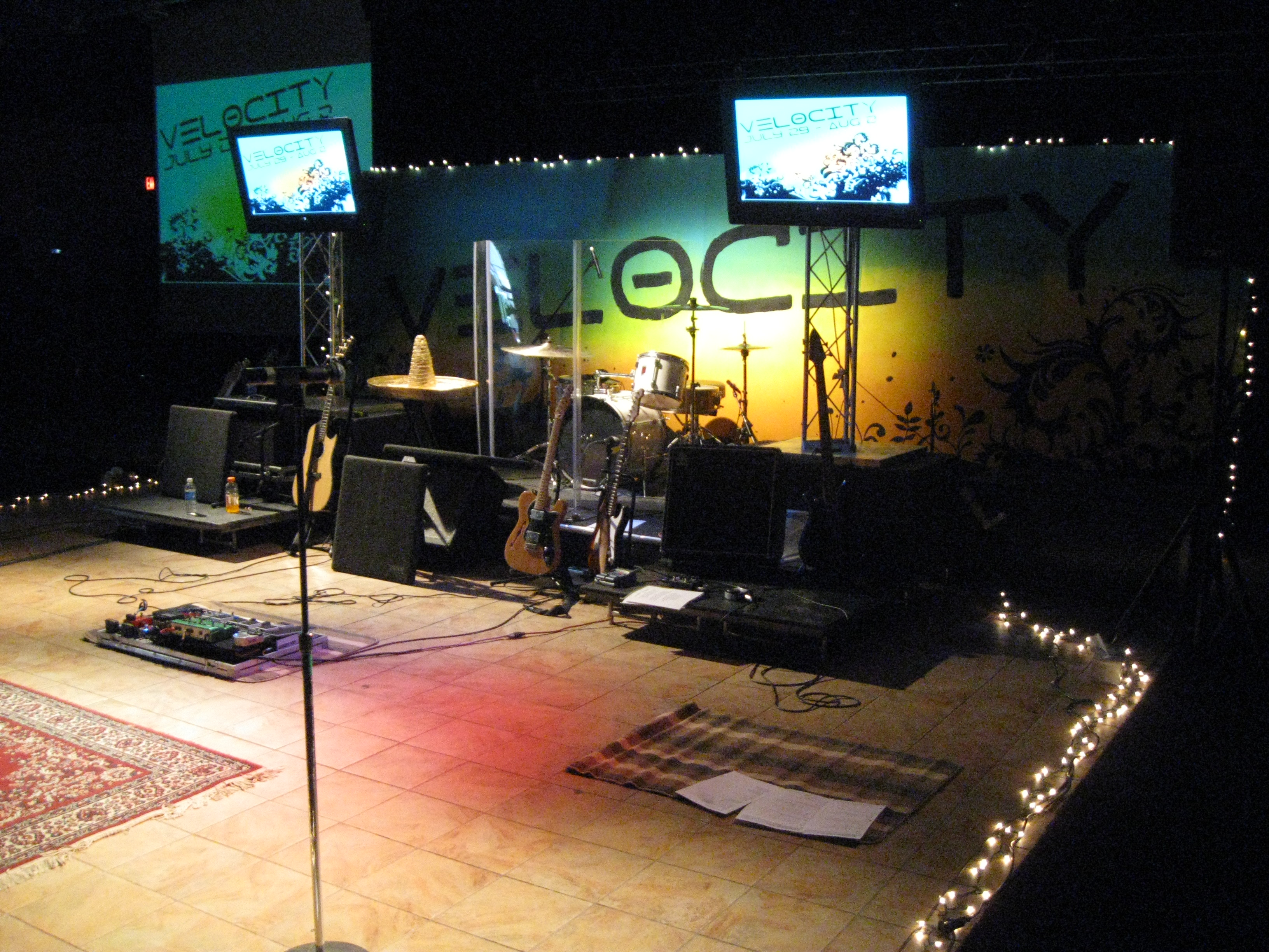 These are pics of the 2 different stage designs we decided to go with ...